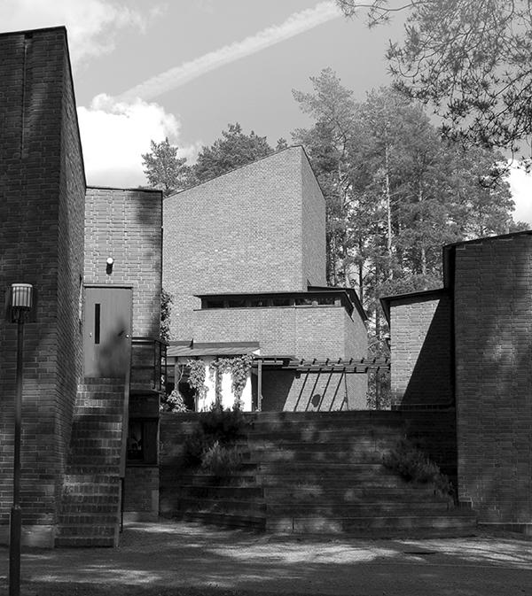 Tính bền vững trong thiết kế Kiến trúc và Đô thị diễn giải một số tác phẩm của các bậc thầy Kiến trúc hiện đại ở Châu Á
