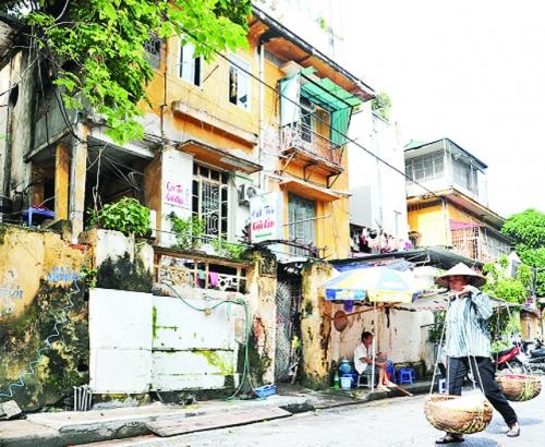 Biệt thự cũ ở Hà Nội Biến dạng và… biến mất