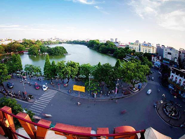 Hồ Gươm nhìn từ trên cao