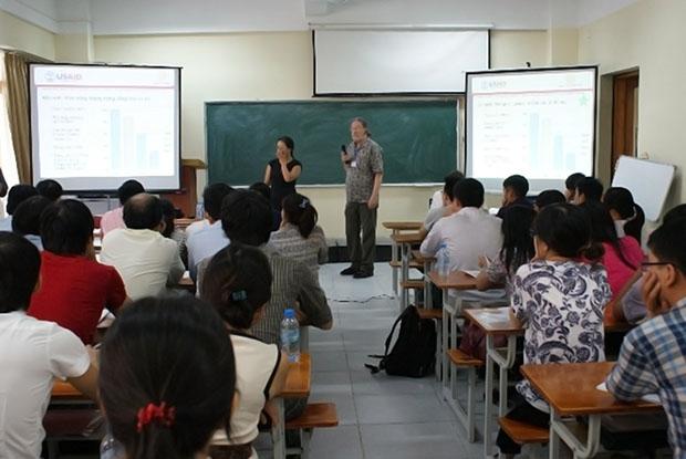 Một số hình ảnh về Khóa tập huấn Thiết kế tiết kiệm năng lượng – được tổ chức bởi Viện kiến trúc Nhiệt đới tháng 09/2014 với sự tài trợ của USAID