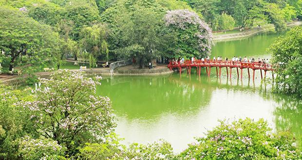 Cầu Thê Húc - một danh thắng trong lòng Hồ Gươm