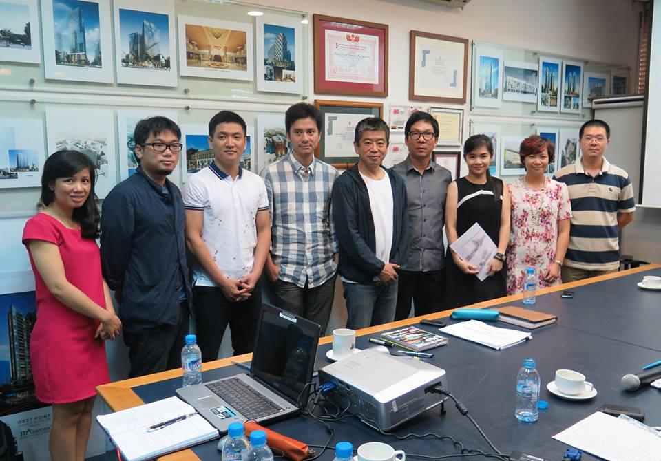 Đại diện Công ty TT-As chụp hình cùng chuyên gia Nhật Bản và Ban điều phối