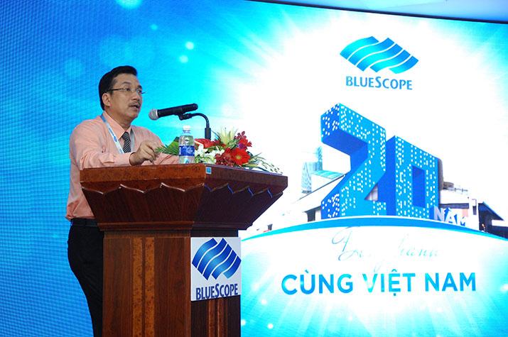 Ông Võ Minh Nhựt – TGĐ NS BlueScope VN phát biểu tại buổi họp báo ngày 21/10/2015