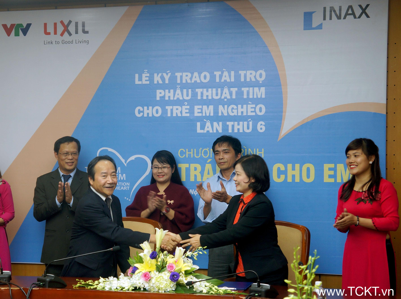 Công ty TNHH LIXIL Việt Nam  ký cam kết ủng hộ phẫu thuật tim cho trẻ em nghèo với Quỹ Tấm lòng Việt, Đài THVN