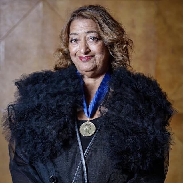 Zaha Hadid nhận huy chương Vàng tại Viện Kiến trúc hoàng gia Anh
