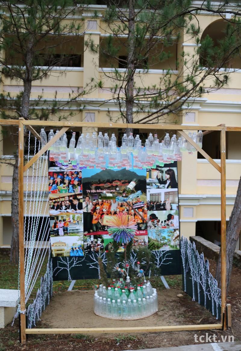 Trường ĐH Yersin Đà Lạt, Giải Sắc Màu Tái chế sắp đặt