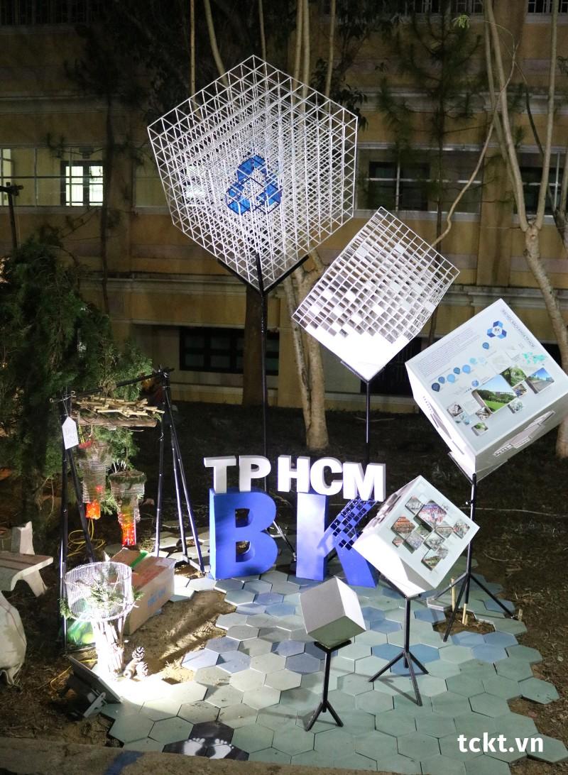 Trường ĐH Bách khoa TP Hồ Chí Minh - Giải Nhì Pano, Giải Ba Tái chế - Sắp đặt