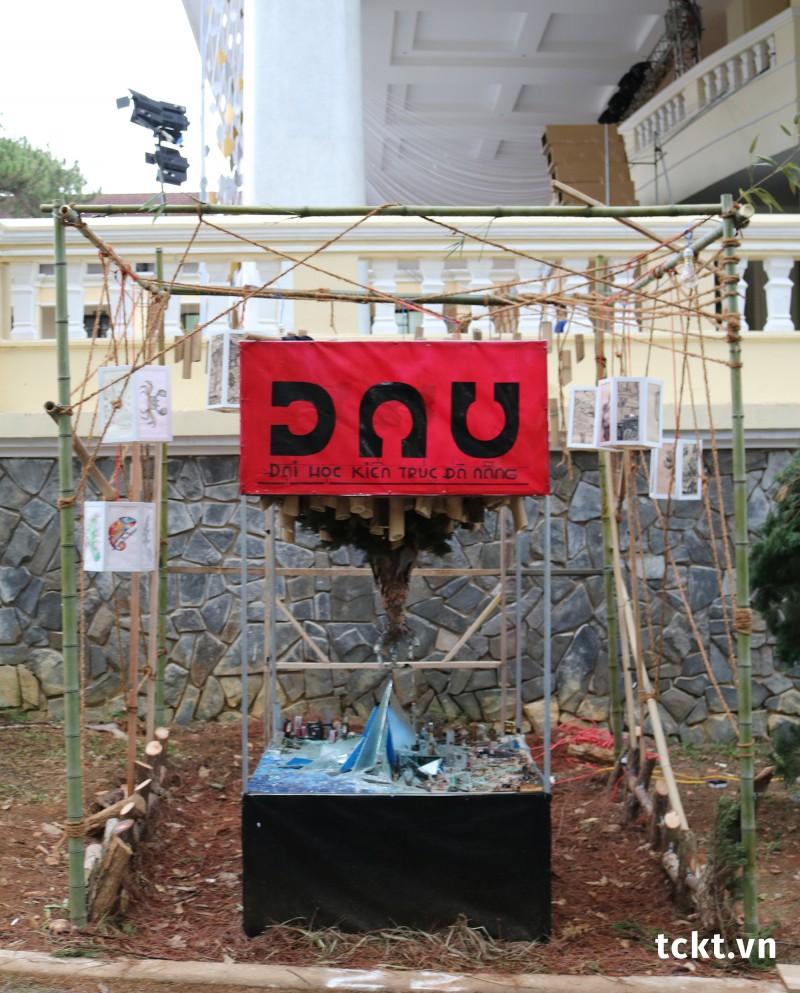 Trường ĐH Kiến trúc Đà Nẵng - Giải Ba Pano, Giải Nhì Tái chế - Sắp đặt