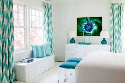 Cửa ở hướng Bắc bạn nên chọn chiếc rèm màu xanh để tăng khí cho ngôi nhà - Ảnh minh họa.