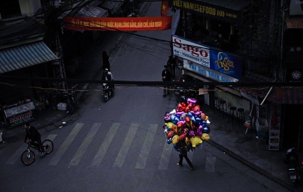 Đầu phố Đinh Liệt (ảnh: KTS Nguyễn Phú Đức)