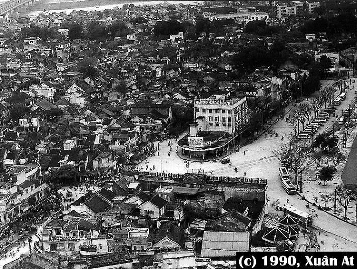 Quảng trường Đông Kinh Nghĩa Thục trước đây