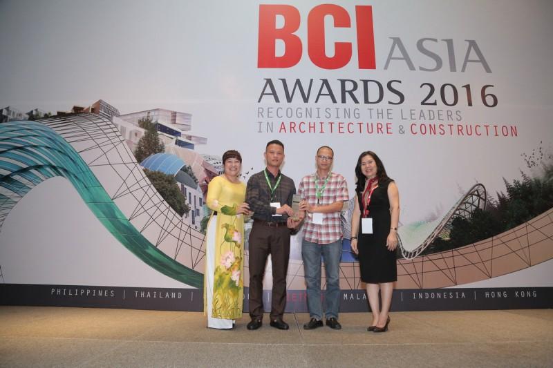 H&P Architects nhận kỷ niệm chương tại Lễ trao giải thưởng FuturArc Green Leadership 2016