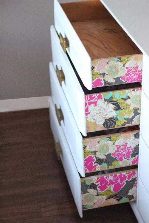 Kiểu trang trí này thích hợp với những chiếc tủ mini được làm từ chất liệu gỗ