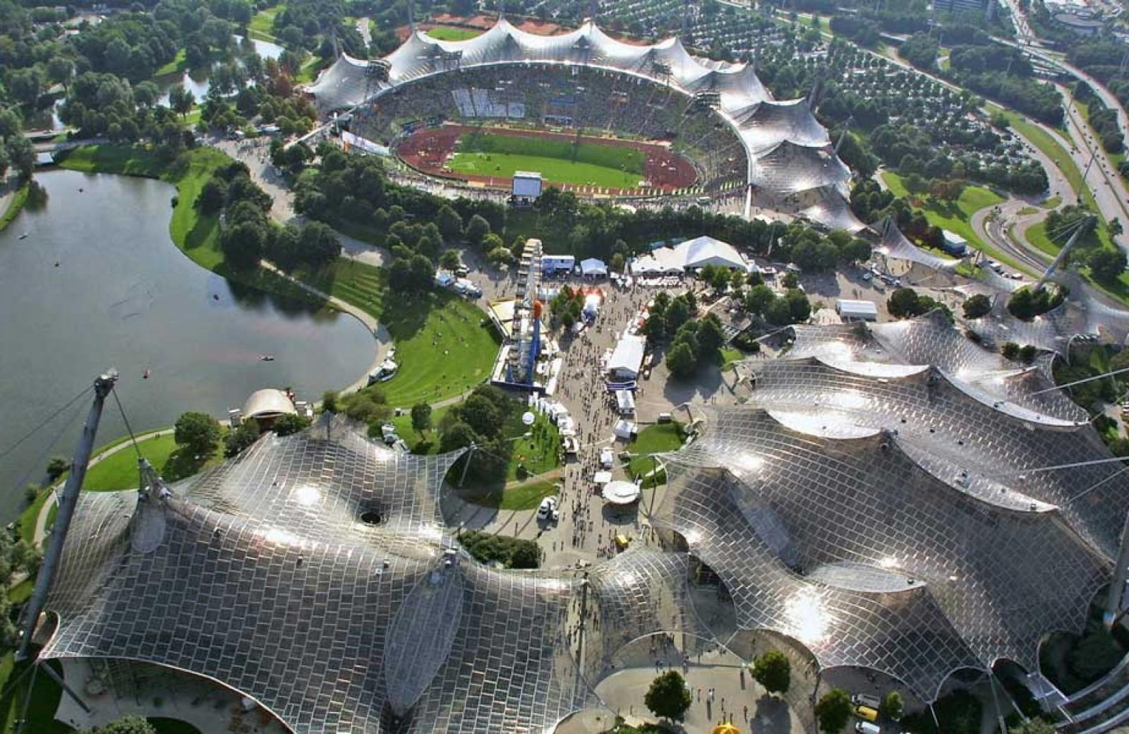 Khu liên hợp thể thao ở Olympic Munich 1972. (Ảnh: Atelier Frei Otto Warmbronn) KTS Frei Otto (CHLB Đức) giành giải thưởng Pritzker 2015