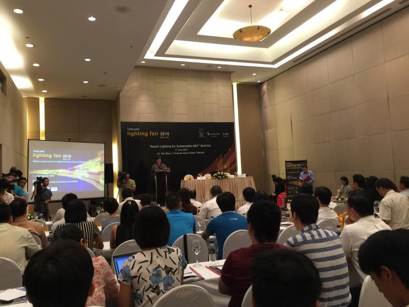 """Hội thảo: """"Chiếu sáng thông minh vì sự phát triển bền vững của AEC"""""""