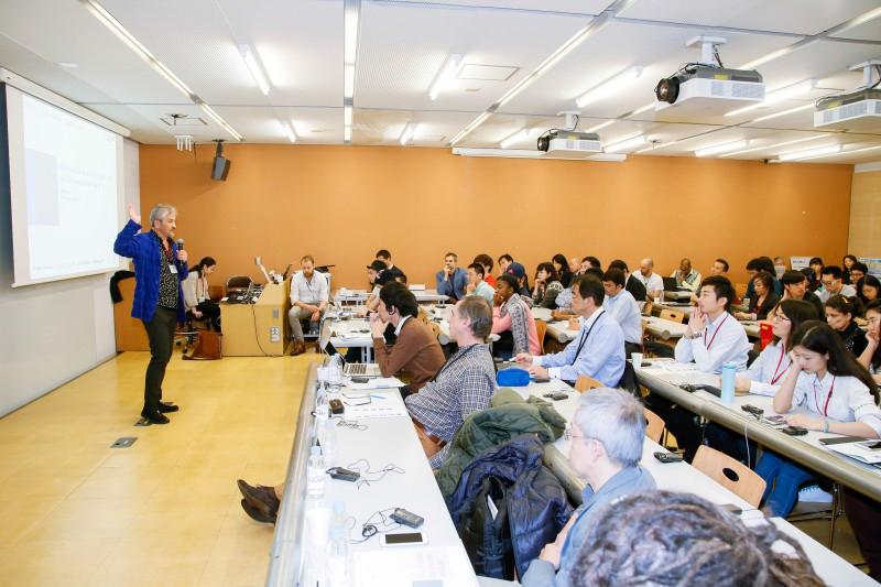 GS. TS. KTS Yasushi Ikeda – Giám đốc chương trình EDGE SFC phát biểu tại Hội nghị tổng kết