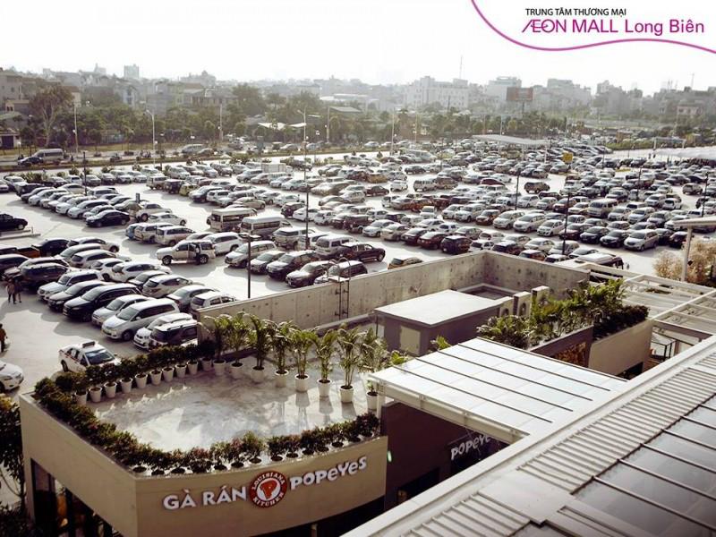 Khu đỗ xe tại Trung tâm mua sắm Aeon Mall Long Biên (Hà Nội) thuộc tập đoàn Aeon Nhật Bản