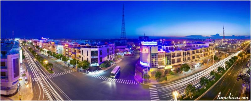 Đêm Thành phố Tân An (Ảnh : Lâm Chiêu)