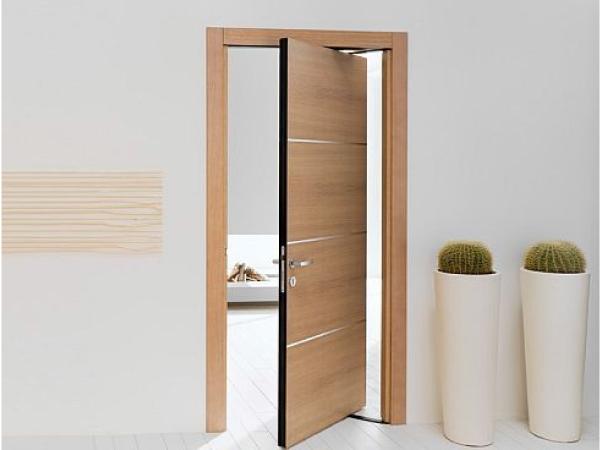 Những lưu ý khi lắp đặt cửa gỗ