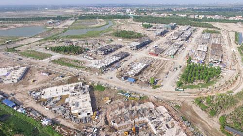Hiện tại, Ecopark đã ký hợp đồng với nhà thầu uy tín COFICO để triển khai xây dựng phần thân dự án. Toàn bộ sàn tầng hầm, hệ thống cột, dầm, bê tông sàn cos 00 của gói thầu trước đó đã hoàn thành đúng tiến độ