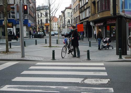 Hình ảnh Thủ đô thanh bình của Brussels qua các góc phố nhỏ.