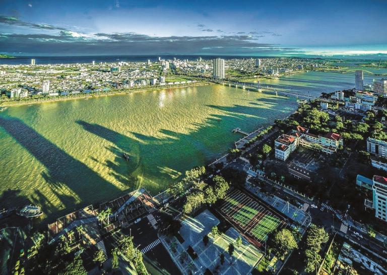 Cảnh quan Sông Hàn (ảnh: KTS Nguyễn Phú Đức)