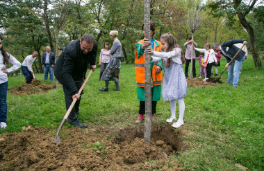 Families plant 'birthday trees' for children