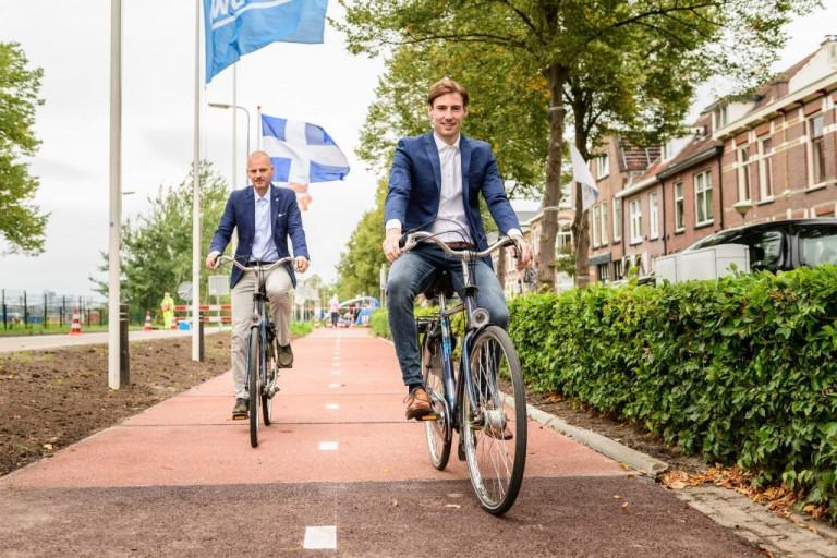 Con đường dành cho xe đạp từ nhựa tái chế đầu tiên trên thế giới tại Hà Lan