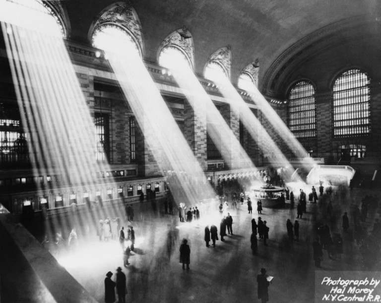 Beams of light flood the Grand Concourse in the 1930s. Photo: Hal Morey / Getty Images
