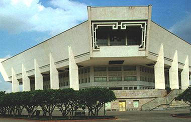 Hình 9. Bảo tàng Hồ Chí Minh, KTS Liên Xô thiết kế [5
