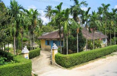 Hình 2. Nhà vườn Ngọc Sơn Công Chúa, Huế