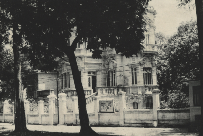 Hình 4b. Biệt thự ở Hà Nội theo phong cách Ba-rốc