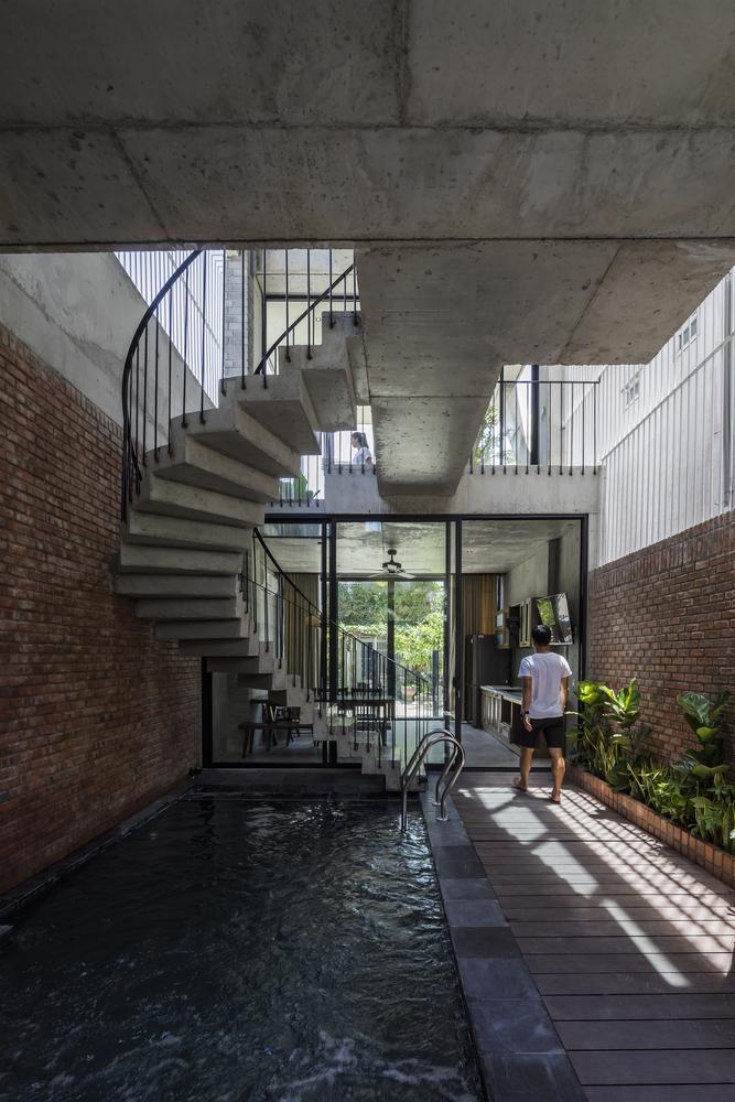 The Concrete House - Hồ Khuê Architects