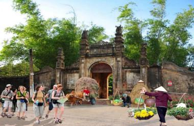 Minh họa cảnh quan cổng làng Nôm trước và sau tu bổ, tôn tạo và phục vụ du lịch (Hình 2)