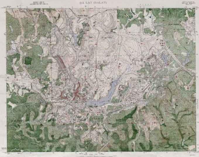 Hình 2: Khu trung tâm được quy hoạch theo địa hình, khu dân cư xen kẽ mảng xanh (Nguồn: Bản đồ quy hoạch Đà Lạt 1942 (Pháp - Tư Liệu Đà Lạt)