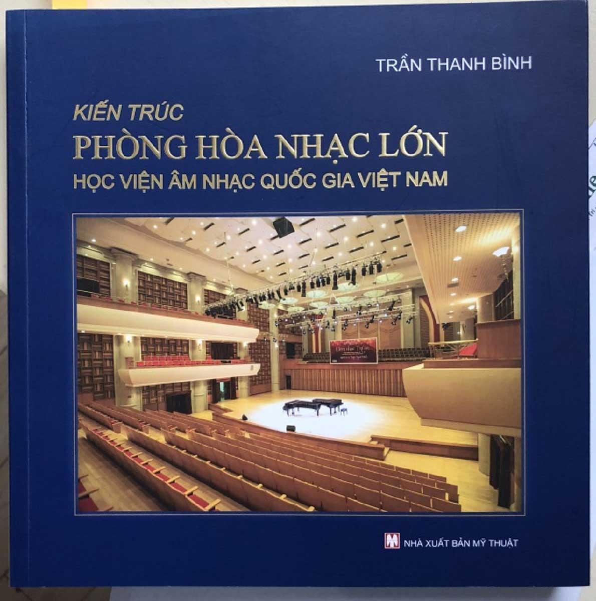 Bìa sách Phòng Hòa nhạc Lớn - Học viện Âm nhạc Quốc gia Việt Nam (2014)