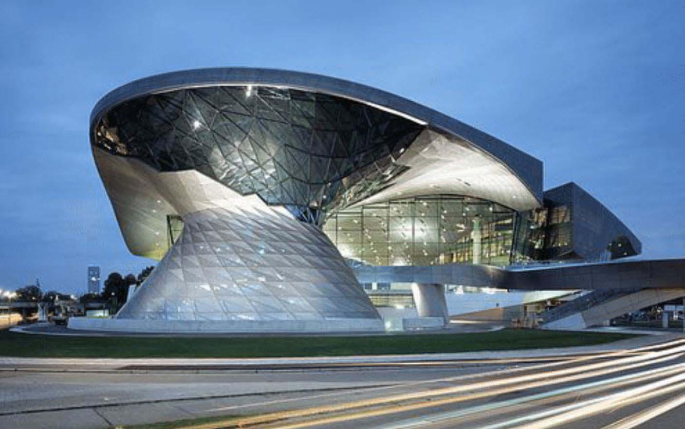 Hình 4: BMW World ở Munich, Đức
