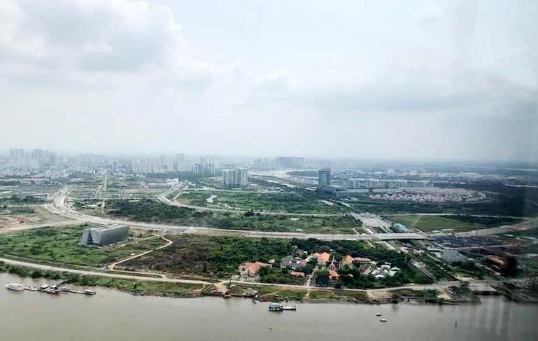Khu đô thị mới Thủ Thiêm, sau gần 20 năm xây dựng vẫn chưa ra hình hài.