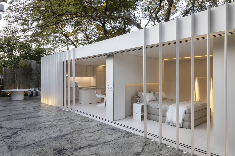 Đèn âm trần, âm tường không chỉ giúp không gian như cao, sâu hơn mà còn làm tăng tính thẩm mỹ cho căn phòng