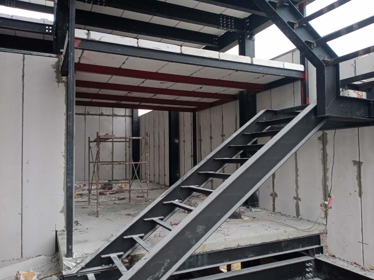 Ứng dụng tấm panel bê tông khí chưng áp đồng bộ trần, tường, sàn, mái