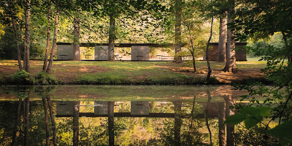 Bathing Pavilion Tossols-Basil, Olot, Tây Ban Nha của RCR Arquitectes. Hình ảnh © Tzu Chin Yu