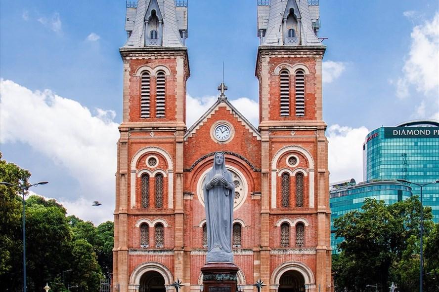 Nhà thờ Đức Bà (Ảnh: Anh Tú)