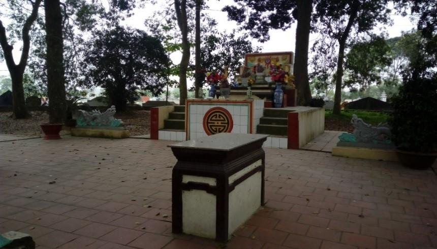 Cảnh quan khu vực đền Trung thôn Tây Sơn thờ Nguyễn Xí