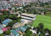Tại khu vực bãi sông trên địa bàn phường Tứ Liên, xưởng sản xuất, bãi trông giữ xe, sân bóng đá có dấu hiệu xây dựng trên đất nông nghiệp.