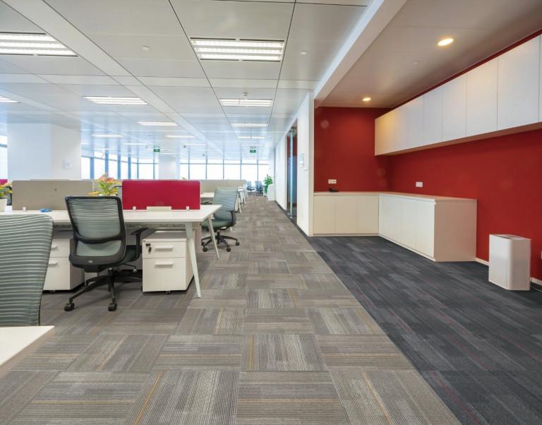 Các kiến trúc sư có thể thỏa sức sáng tạo, kết hợp từ18 bộ sưu tập Armstrong Flooring với hơn 170 màu sắc khác nhau