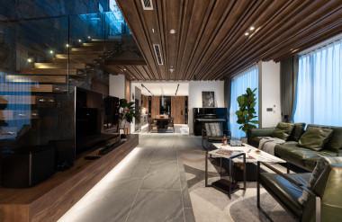 Không gian tầng dưới được thiết kế mở, tạo cảm giác xuyên suốt.