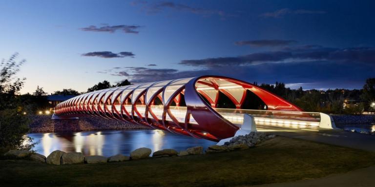 Cầu Hòa Bình ở Calgary, Canada do KTS S. Calatrava thiết kế