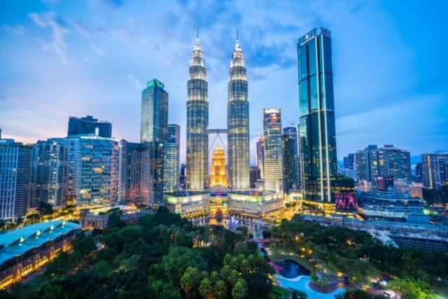 Petronas Twin Tower, Malaysia ứng dụng tấm sàn thép liên hợp Lysaght® Bondek ® II