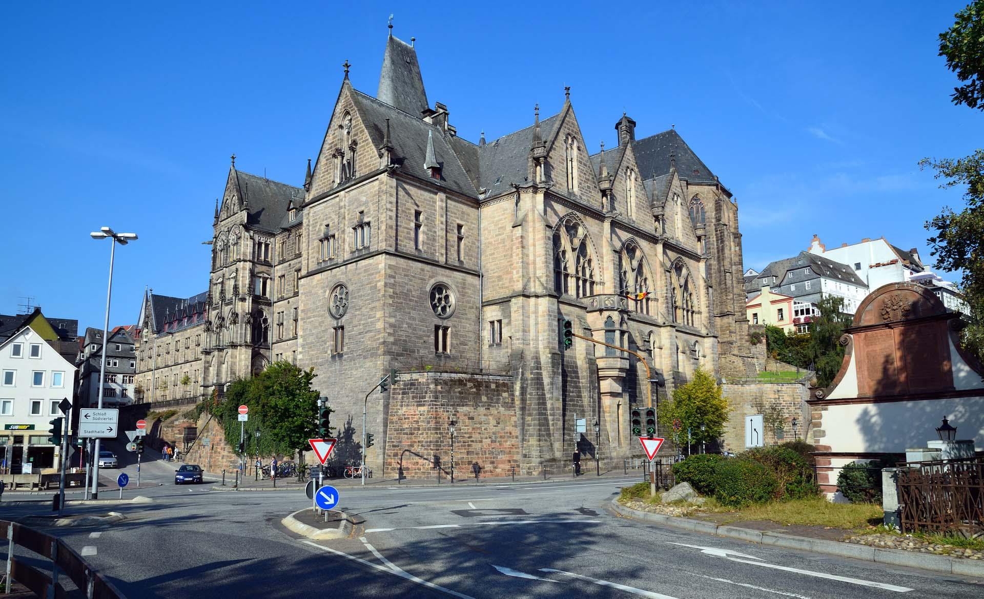 Philipps Marburg là trường đại học có phương pháp giáo dục đột phá cho người mù. Ảnh: marburgnet.